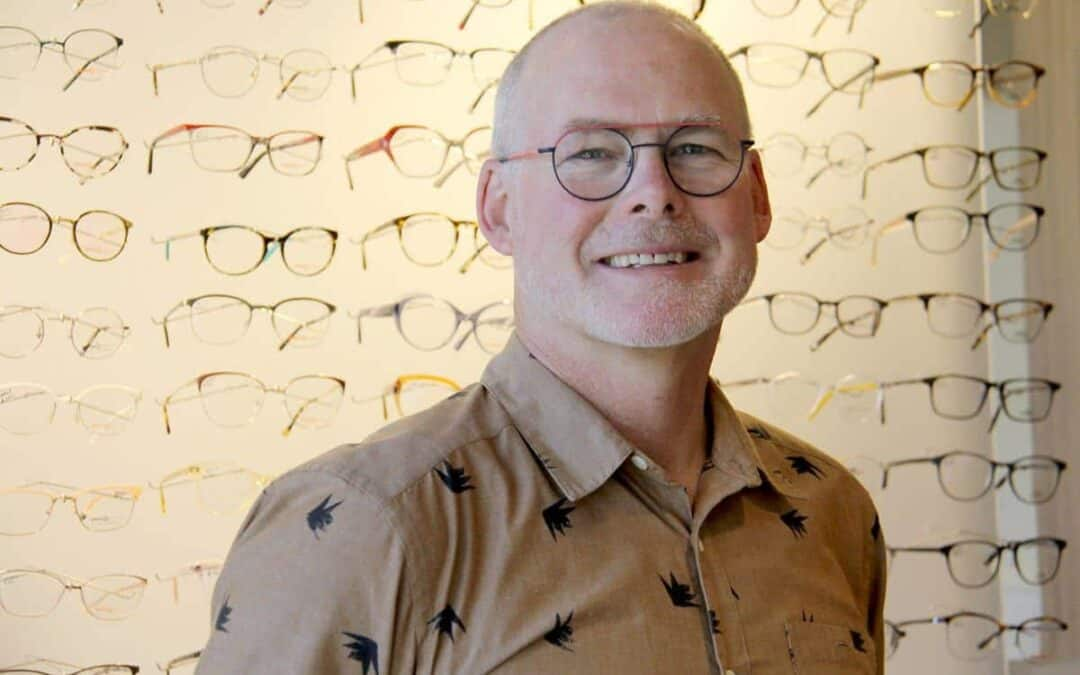 Oak Bay Optometrist to Cycle to Support Mental Health